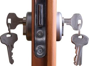 La serratura bloccata e la chiave non gira le 5 cause e for Estrarre chiave rotta da cilindro