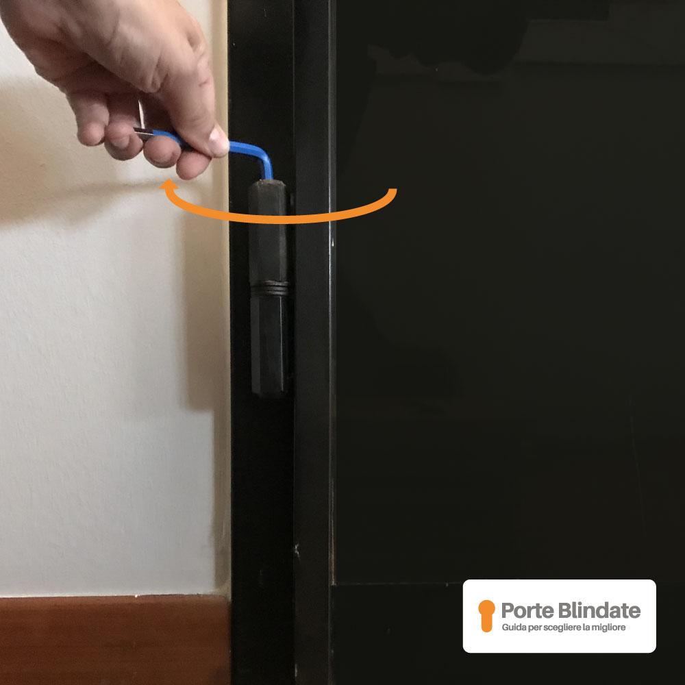 serratura armadio bloccata spazio